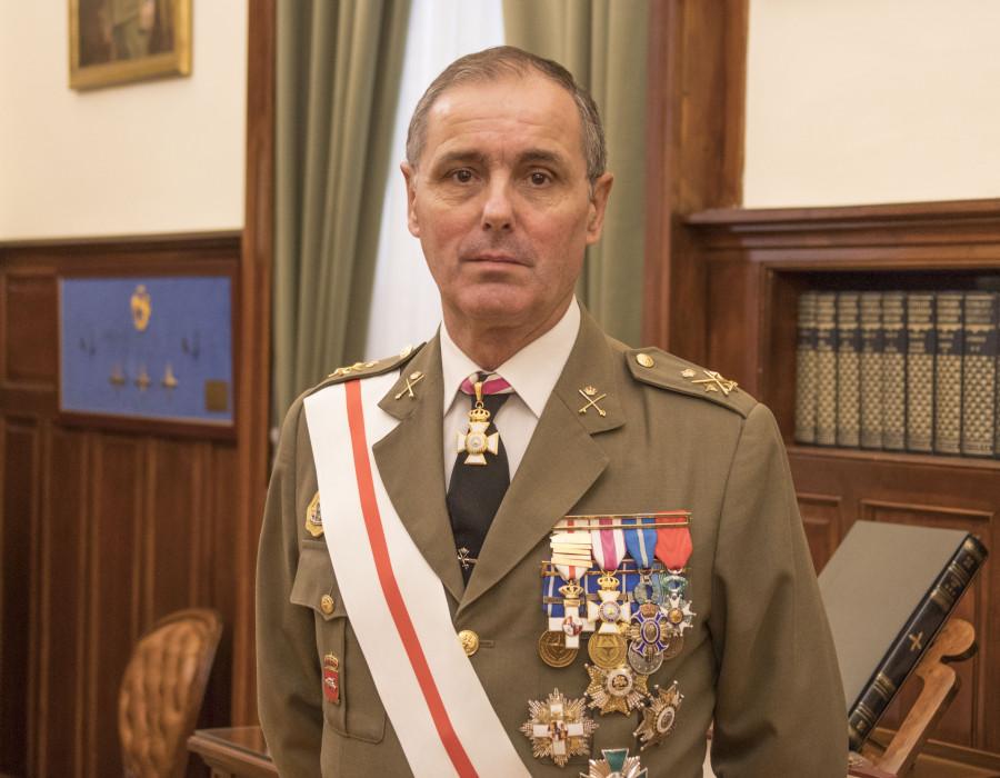 Teniente general carlos palacios
